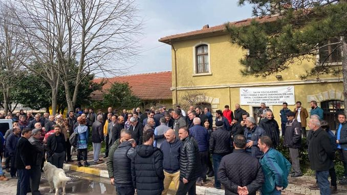 If derbent train station is lifted, you pay the price