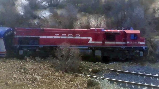 elazigda derailed express due to landslide derailed