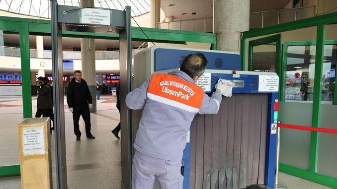 sati čišćenja na autobusnom kolodvoru Kocaeli
