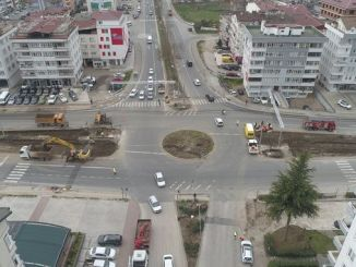 army reduces traffic load of large city Sivas intersection