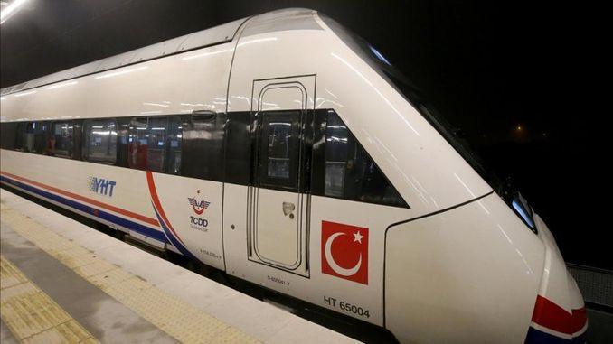coronavirus panic in high-speed train
