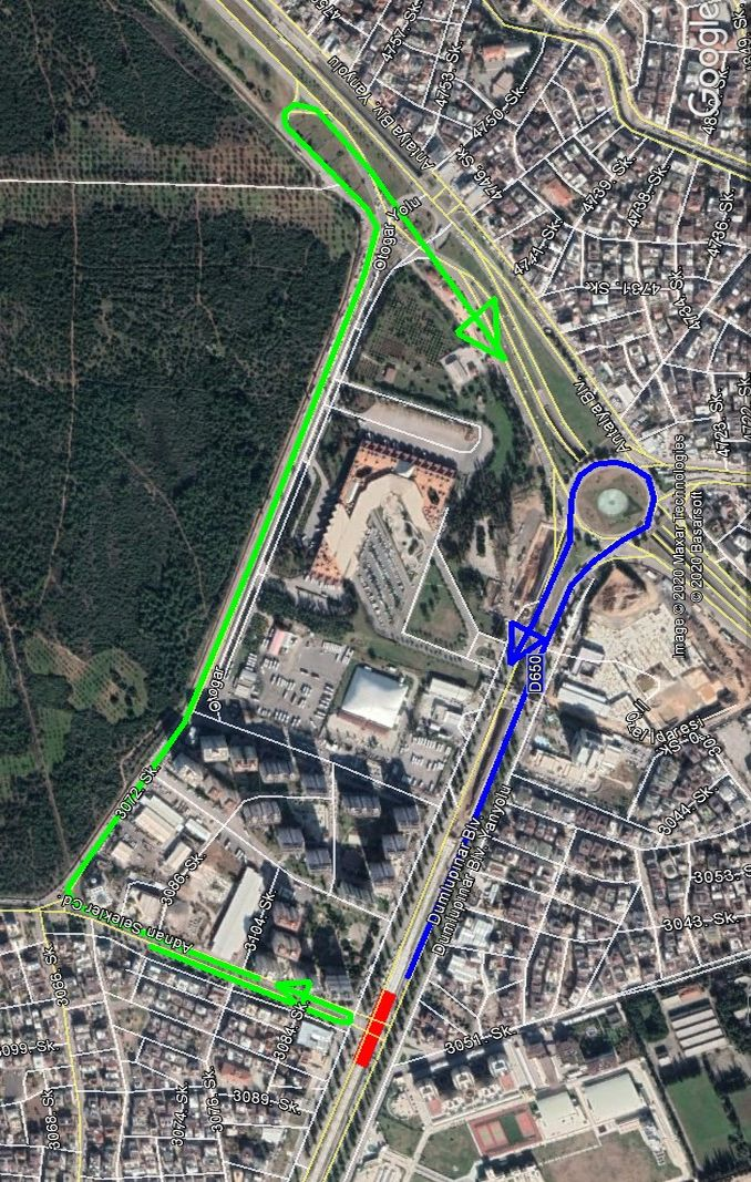 Raskrižje Bulevara Dumlupinar i avenije Adnan Selekler zatvoreno je za saobraćaj.