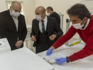 izmir buyuksehir municipality profession factory produces thousand masks a day