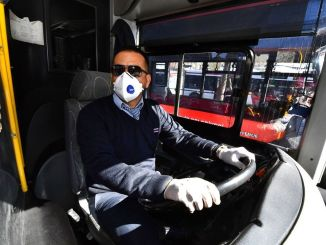 It is forbidden to ride without a mask on public transportation vehicles in Izmir.