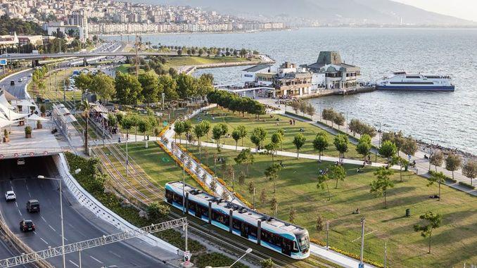 Mass transportation use in Izmir
