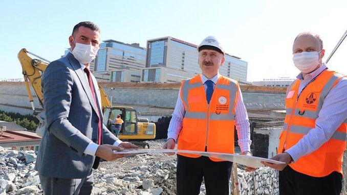 ο υπουργός διερεύνησε τους δρόμους του νοσοκομείου της πόλης karaakmailoglu basaksehir