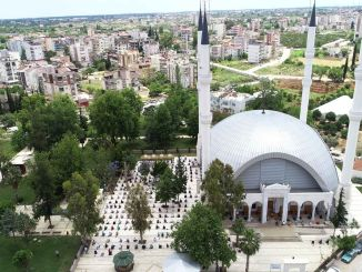 mosques in dosemealtin opened to worship with friday prayer