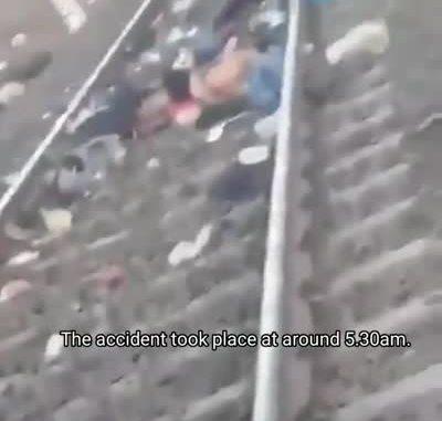 ycbcrcbcyen cbcfcailere carptcb cbcfcai lost lifecbncb in train tracks in india std original