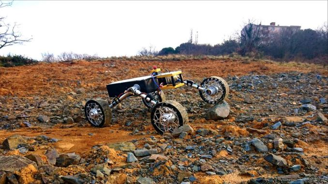 iTune rover team with which he designed brought turkiyeye degree of Unmanned Ground Vehicle