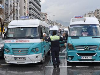 Minibus fees were raised in Izmir.