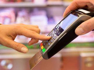 υψηλότερη μείωση των δαπανών πιστωτικών καρτών στην Κωνσταντινούπολη