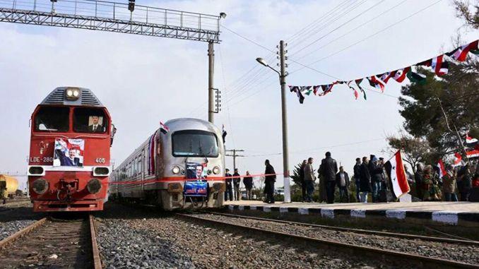 Die erste Zugfahrt erfolgt nach zwei Monaten zwischen Sam Halep
