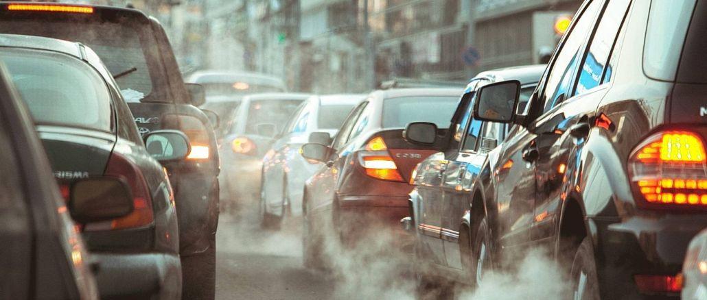 Uni Éropa ngabébaskeun milyaran euro dina mobil bersih