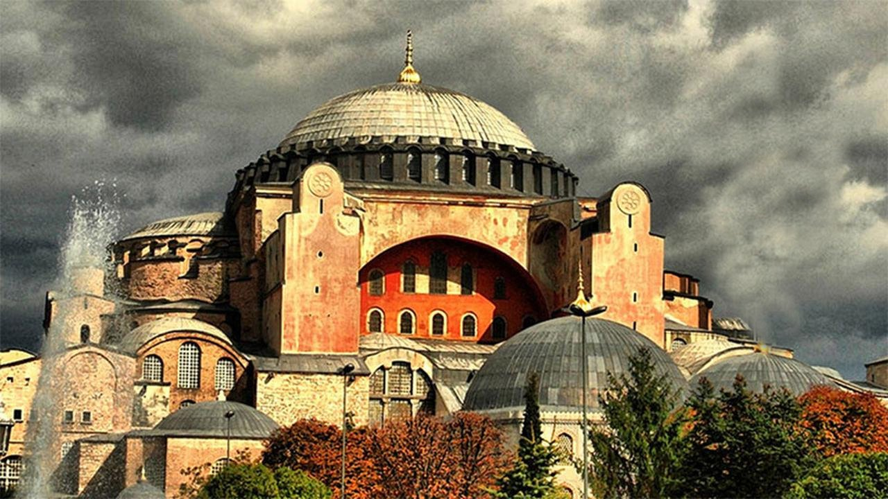 Is the name of Hagia Sophia changing? Will it change as a mosque instead of Muze?
