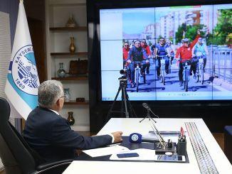 Президент Буюккилич на стартовой встрече Европейской недели мобильности
