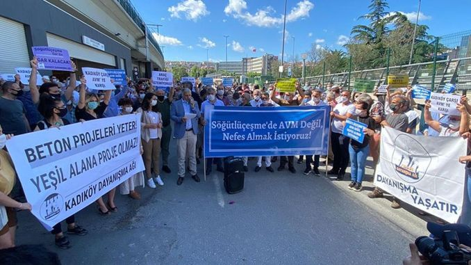 KadıköyAksi dari Kami Tidak Ingin Pusat Perbelanjaan di Sogutlucesme