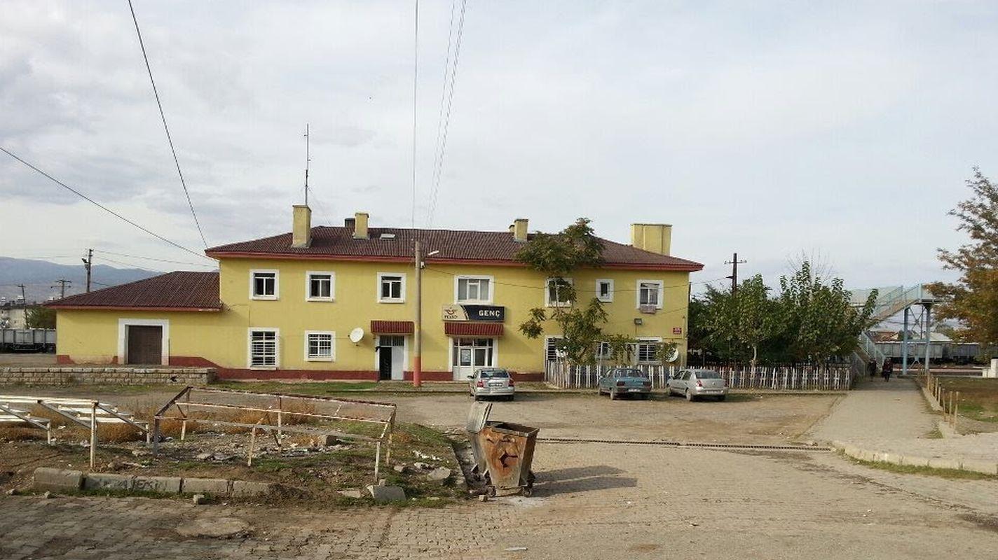 زلزلے کے خلاف مزاحمت کے مطابق یوتھ اسٹیشن ایریا میں عمارتوں کو مضبوط بنانا