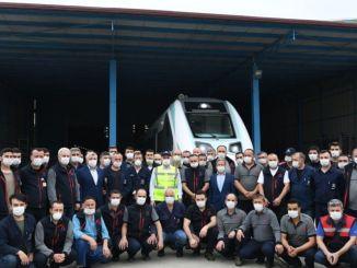национални електрични воз за почетак испитивања у железници и на путевима у августу
