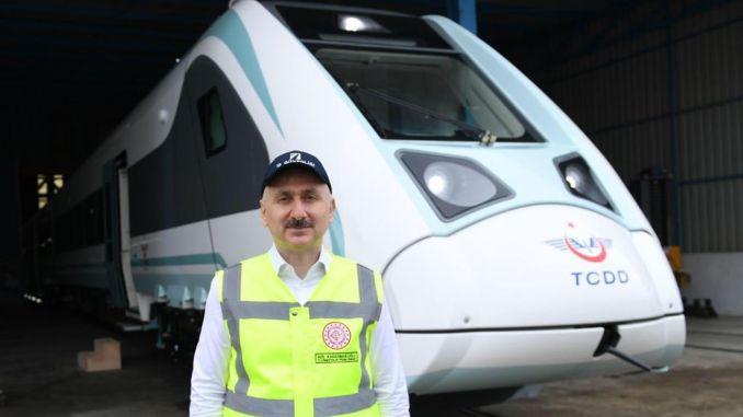 milli elektrikli tren yil sonundan itibaren hizmet vermeye baslayacak