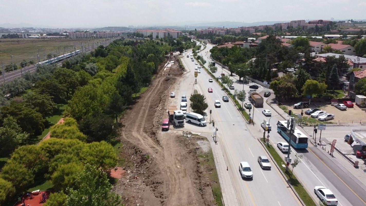 turk kizilayi caddesi gun trafige kapaniyor