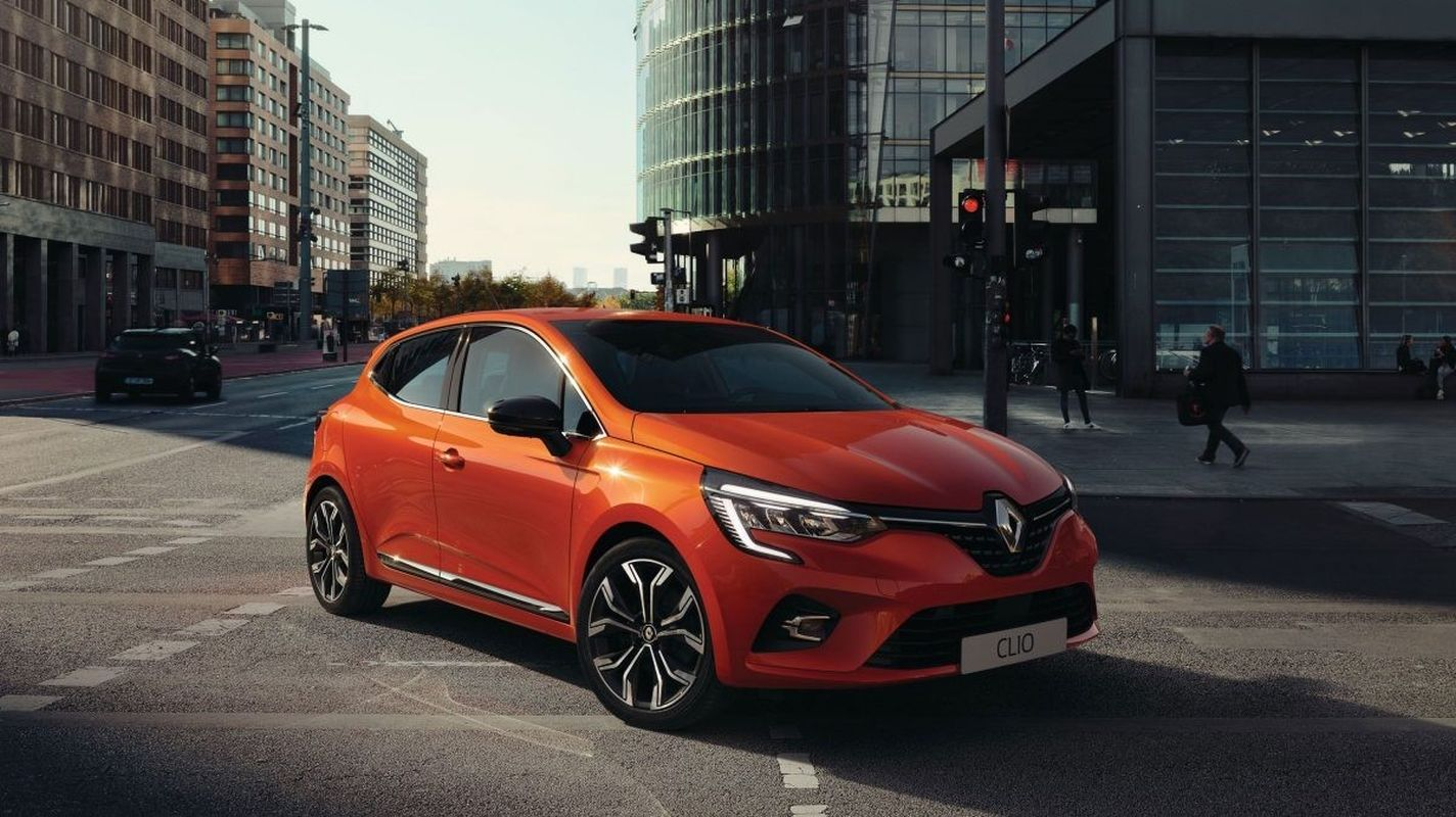 new renault clio car of the year was