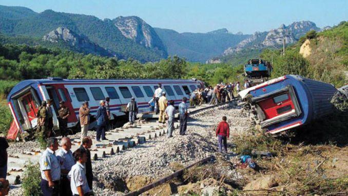 Pamukova train accident