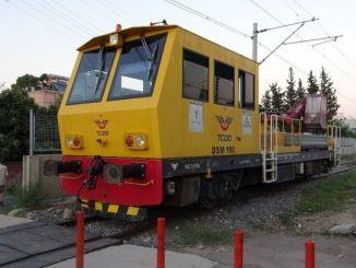 egy személy, amelyet a vasúti üzleti jármű megsérült a szigeten