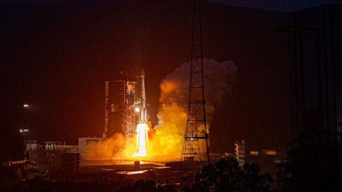 cin yeni bir ticari telekomunikasyon uydusu firlatti