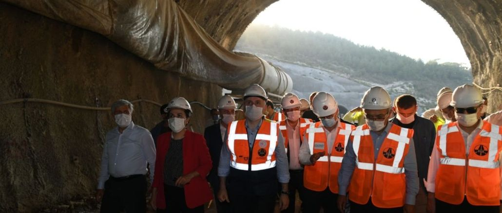 karaismailoglu silifke mut yolunda tunel calismalarini inceledi