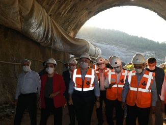 Karaismailoglu examined the tunnel works on the road to Silifke Mut