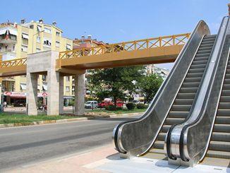 ulica kizilirmak začala obsluhovať hornú chodbu pre chodcov