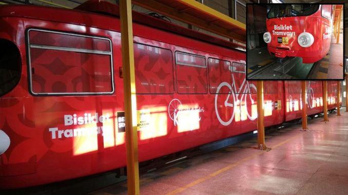 科尼亞的老電車又來了太陽