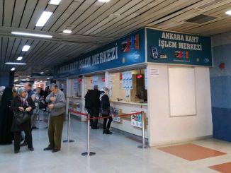 pusat boarding kartu utama ditutup karena coronavirus dibuka