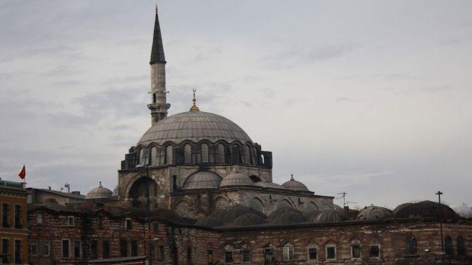 About rustem pasa mosque