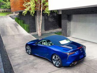 Lexus LC kabriolet regata