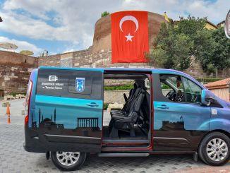 A turisztikai hibrid jármű nagyon népszerű Ankarában