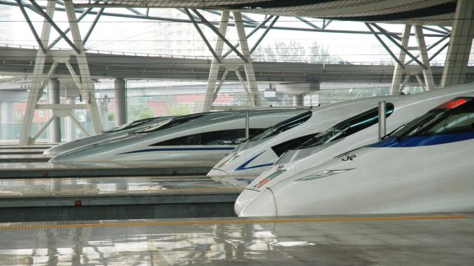 The length of the high-speed train line of gin has reached a thousand kilometers