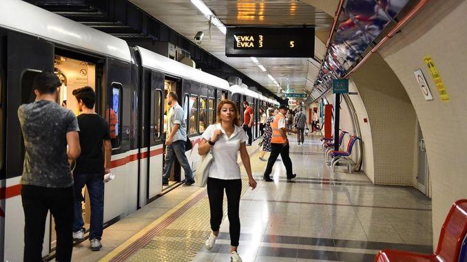 Izmiris muutuvad ühistranspordi tasude ajakavad