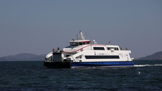 Bicycle Users from Izmir Will Board the Ferries with Symbolic Fee