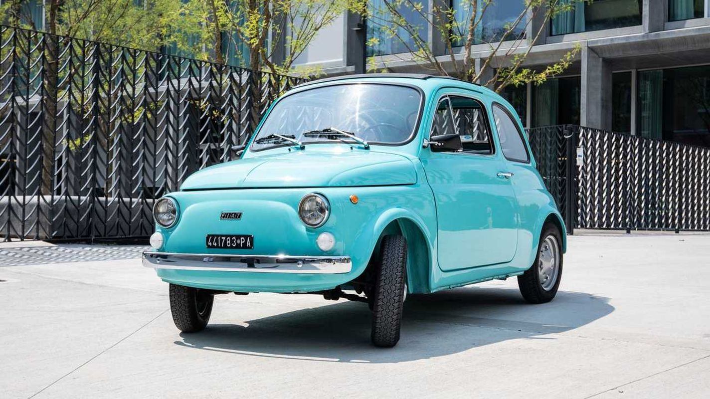 Pirelliden-fiat-500-new-tire-for-collectors