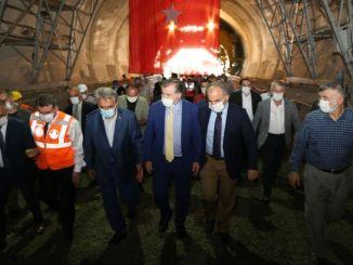 Fény jelent meg a Salarha alagútban