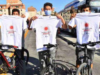 코로나 바이러스에 대한 인식 티셔츠, 앙카라에서 큰 관심을 끌다