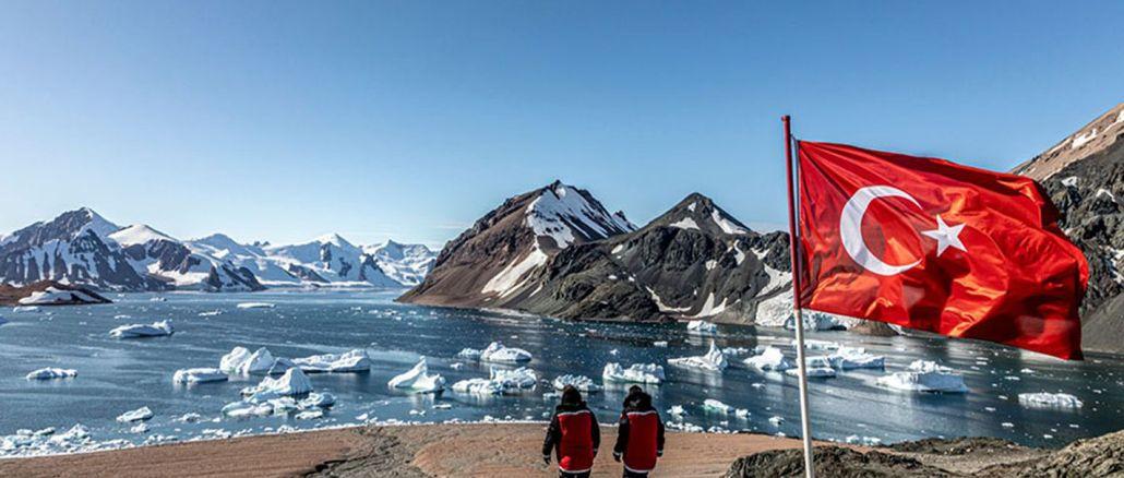 Antarktika Belgeseli İzleyiciyle Buluşuyor