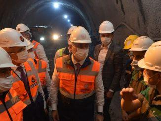 El ministro Karaismailoğlu investigó la construcción del nuevo túnel de Zigana