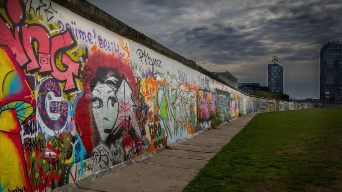 Why Was the Berlin Wall Built? How and Why Was the Berlin Wall Fallen?