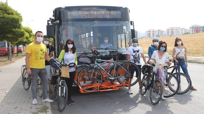Eskişehirben a buszokban megkezdődött a kerékpáros szállítás ideje