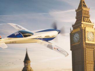 רולס רויס מציגה מטוס חשמלי שיגדיר את שיא המהירות