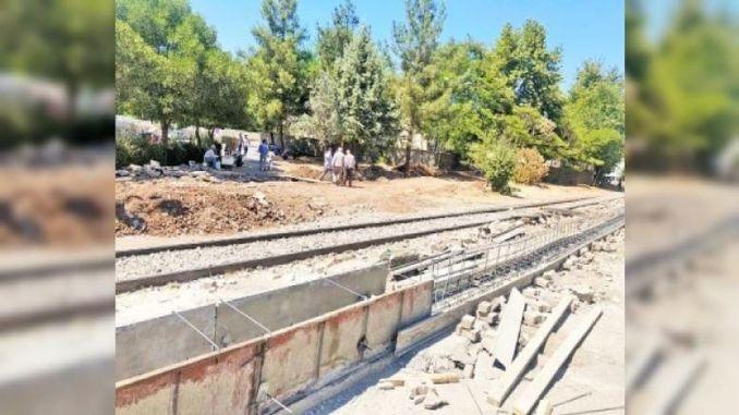 TCDD Geri addım atır, Diyarbakır'ı ikiyə bölün, mübahisəli Divar İnşası Dayanacaqları