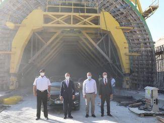 ผู้ว่าราชการ Bilgin Halkalı มีการตรวจสอบเส้นทางรถไฟKapıkule