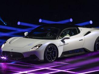 推出新一代超級跑車瑪莎拉蒂MC20